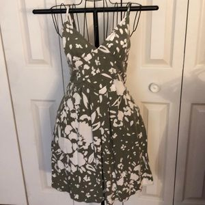 American Eagle green and white summer dress